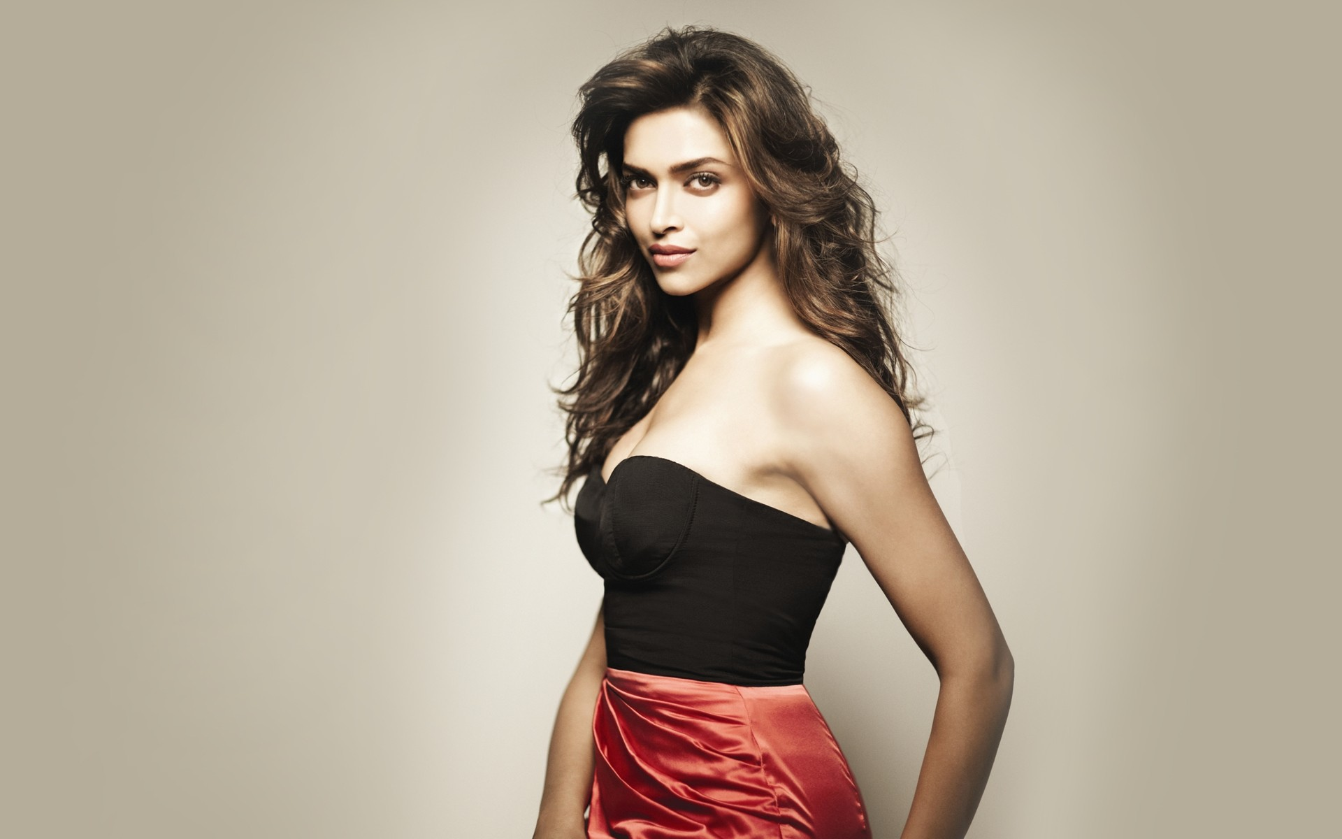 Deepika Padukone Hot  Sexy Images  Wallpapers  Movieraja Collection Of Movie -2919